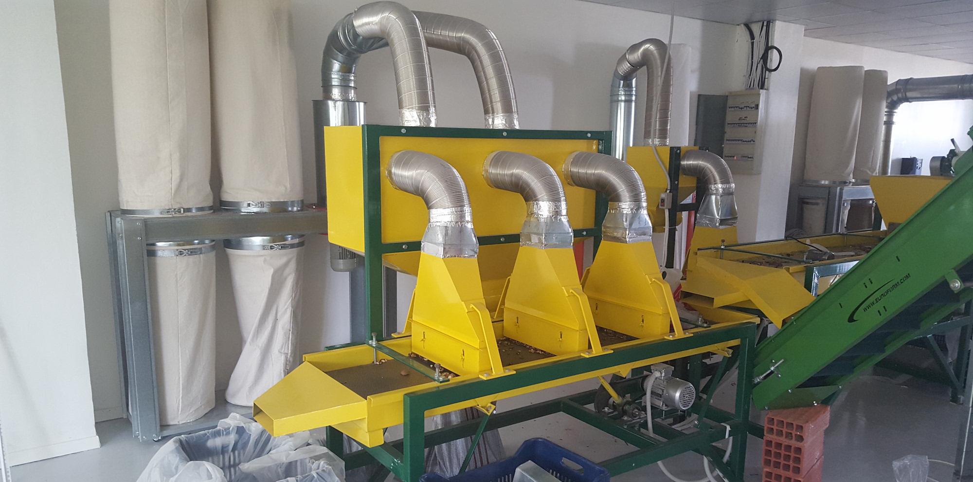 Μηχανήματα επεξεργασίας ξηρών καρπών